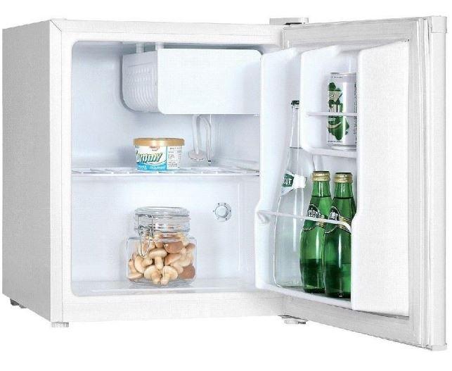 frigider minibar de la studio casa, de 44 litri